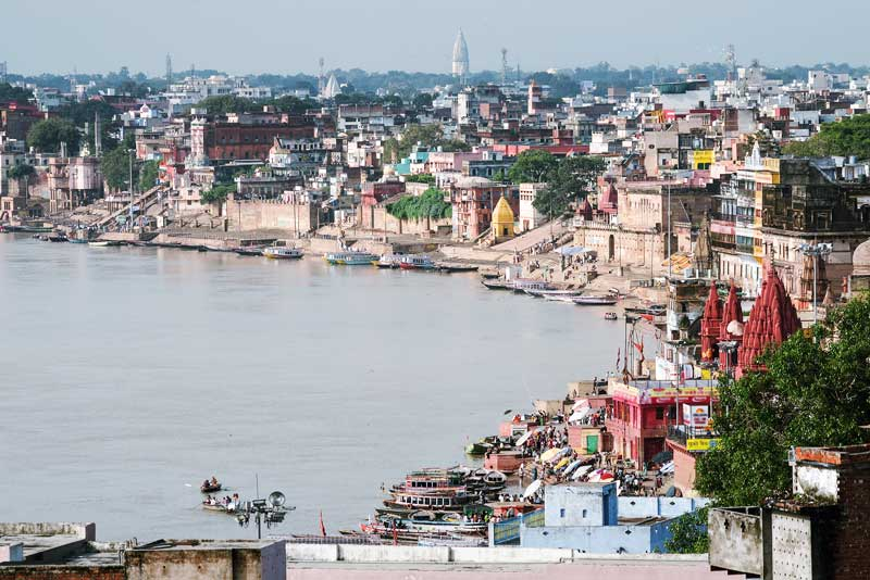 New sewage treatment plants are expected to improve the lives of more than 3 million people who live in Varanasi and other Indian cities. © Fat Jackey/Shutterstock