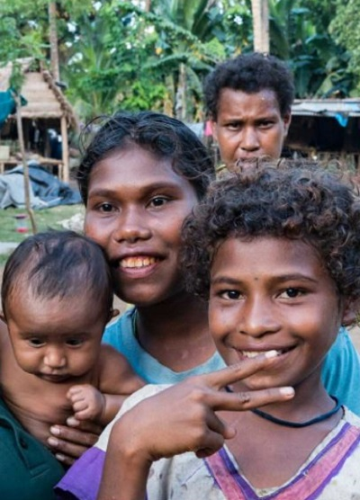 Thumbnail:Group of Children - Papua New Guinea